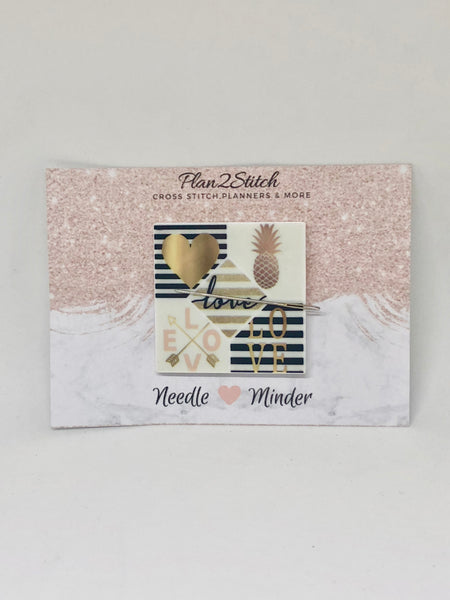Chic Square Needleminder