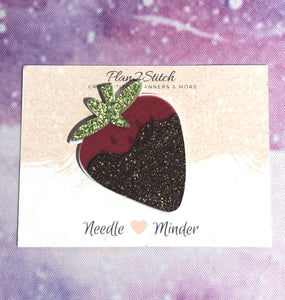 Chocolate Dipped Strawberry Needle Minder