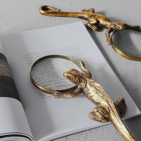 Sherlock Magnifying Glass Decor