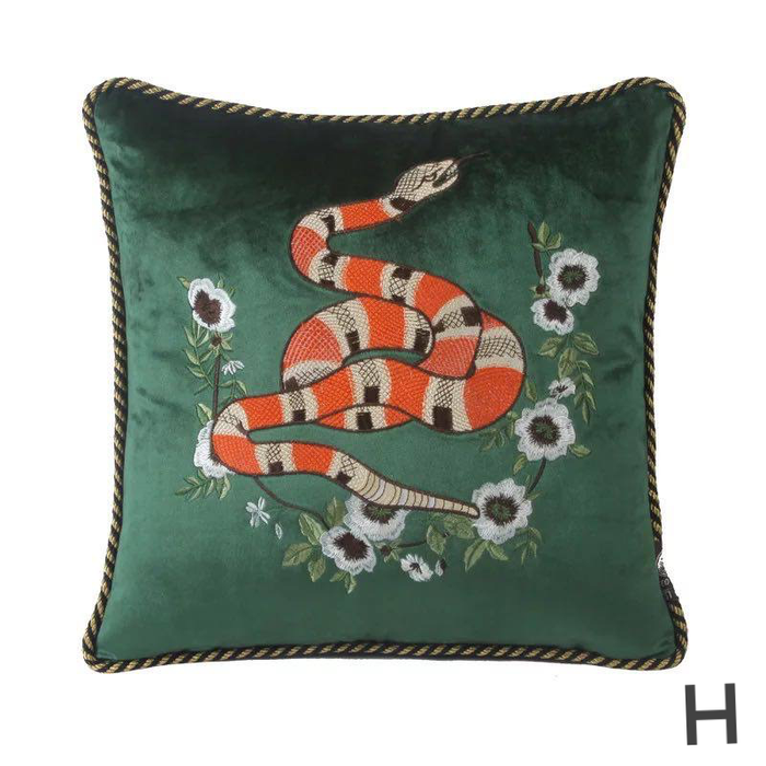 Bahari Throw Pillow Cover