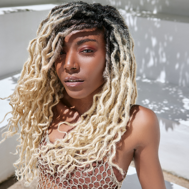PLATINUM BLONDE FAUX LOCS