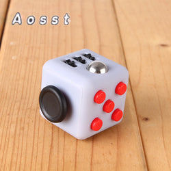 Madsbag Fidget Vinyl Desk Cube | For all Ages
