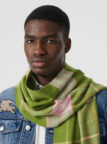 Burberry Scarf for Men