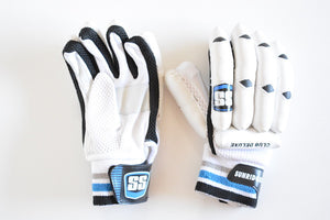 SS Club Deluxe Batting Cricket Gloves