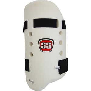 SS Ultralight Moulded Cricket Thigh Guard