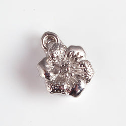 BDi magnetic flower clasp