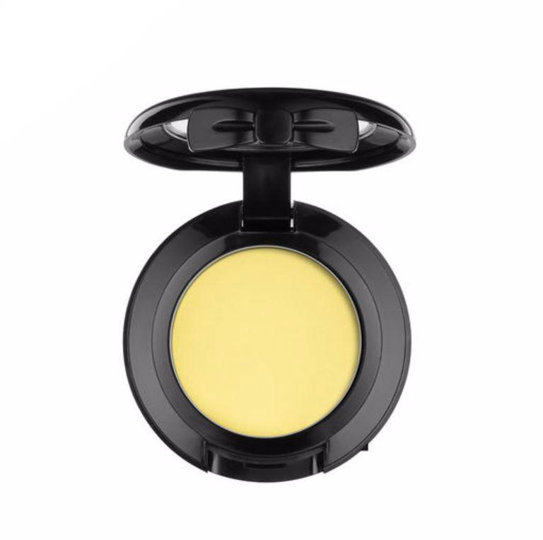 NYX - Hot Singles Eyeshadow - Spruce - Matte Pastel Yellow