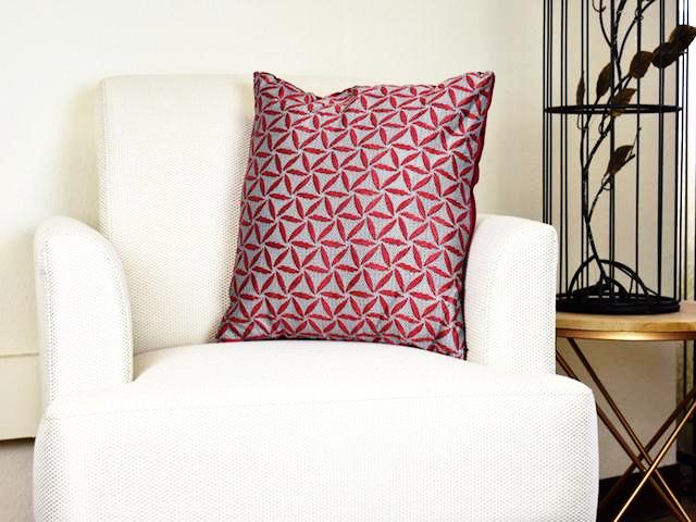Kit Cushion Spiral 4 Colors Set of 2 WINE/Throw Pillow    FREE 4-Day Shipping