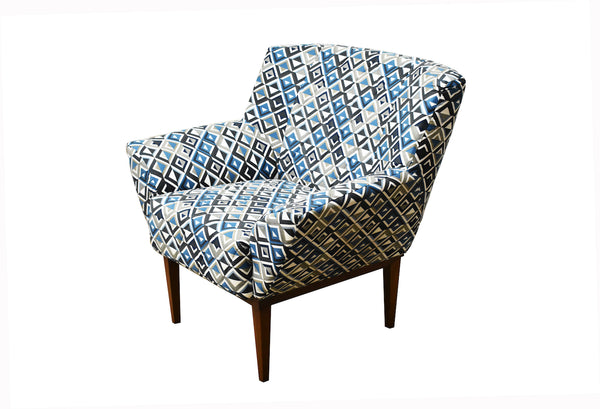 Contemporary Veneza Armchair
