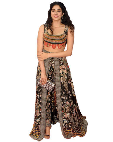 Black Color Lehenga By Jhanvi Kapoor