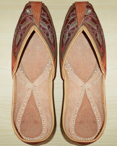 Brown Pure Leather Jutti
