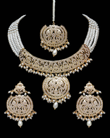 Golden Jadau Necklace Set