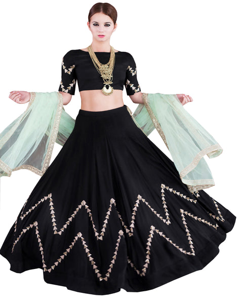 Black Color Box Pleated Lahengha
