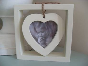 Cream Color Heart Photo Frame