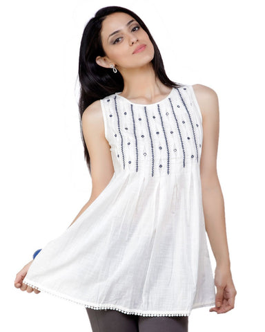 Trendy Look White Kurti