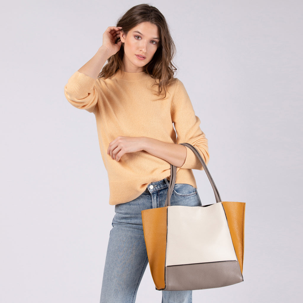 soho tote golden truffle combo on figure view
