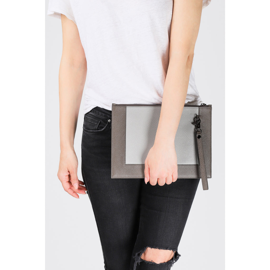Barrow Zip Clutch