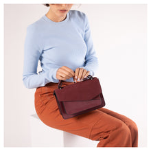 Cobble Hill Crossbody (Sliced)