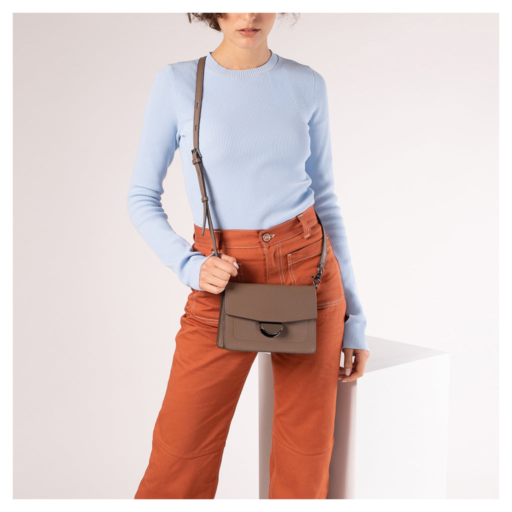 Astor Crossbody