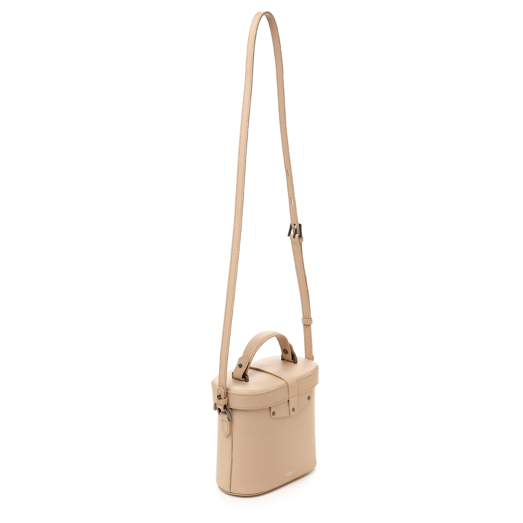 brooklyn canteen crossbody fawn strap