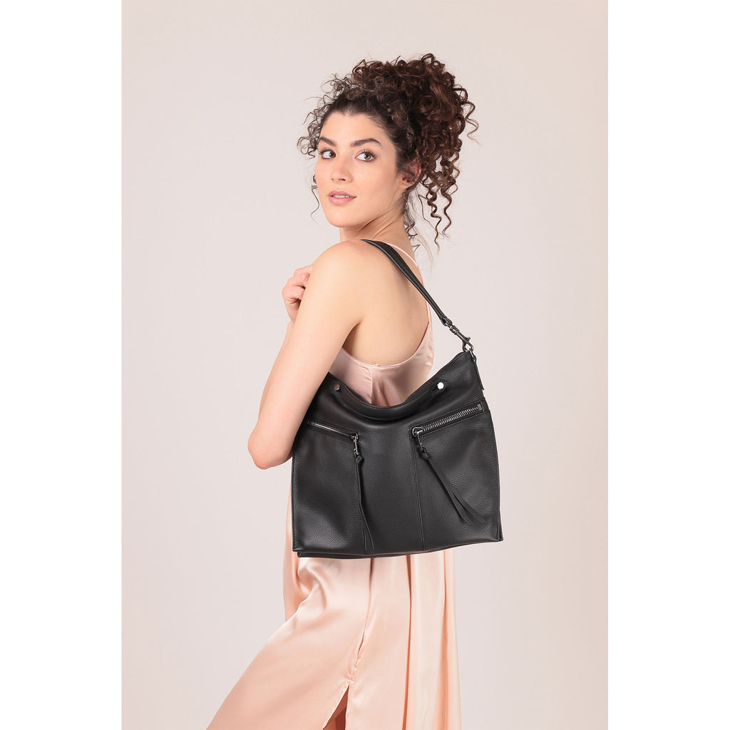 trigger convertible hobo black on figure shoulder
