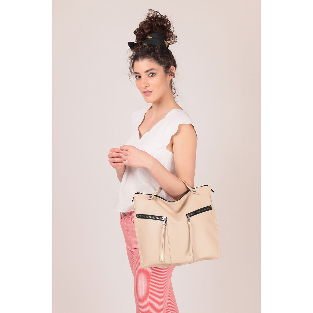trigger convertible hobo fawn on figure top handle