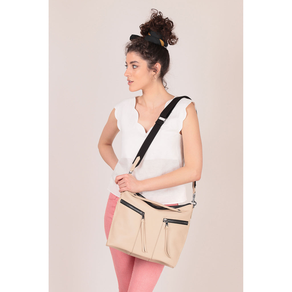 trigger convertible hobo fawn on figure crossbody