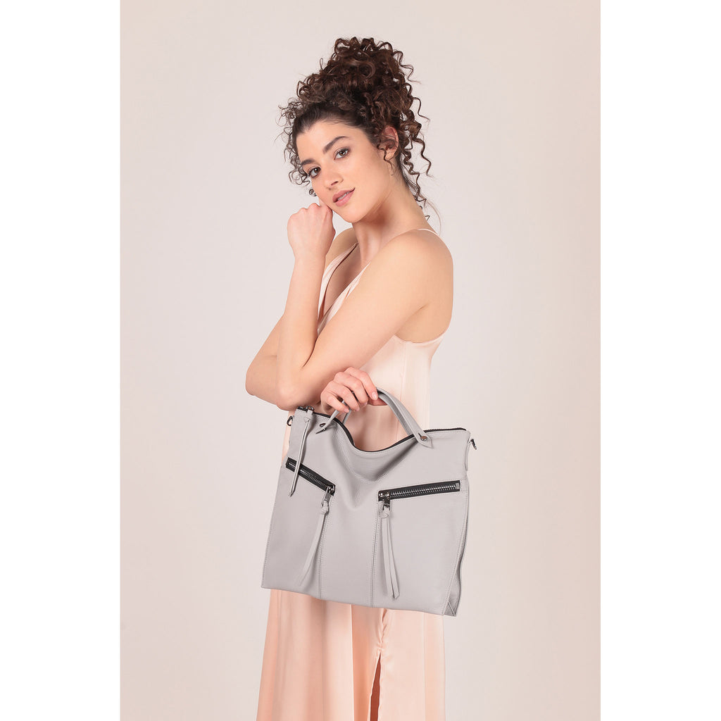 trigger convertible hobo silver grey on figure top handle
