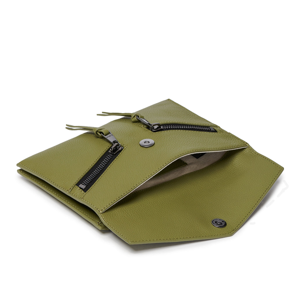 trigger crossbody moss back interior