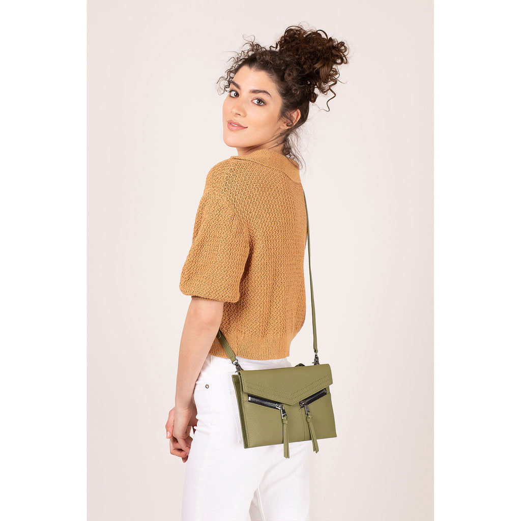 trigger crossbody moss on figure crossbody
