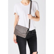 Cobble Hill Soft Shoulder