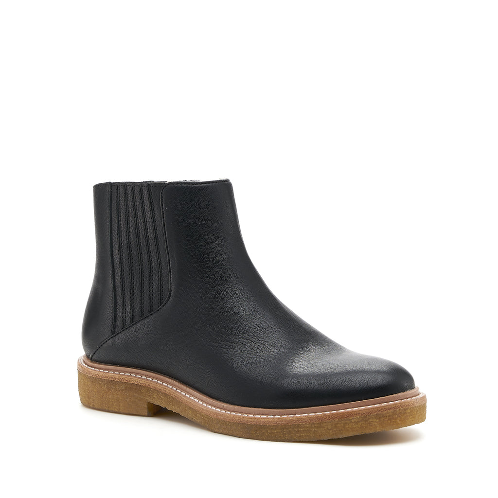 botkier chelsea boot black front angle
