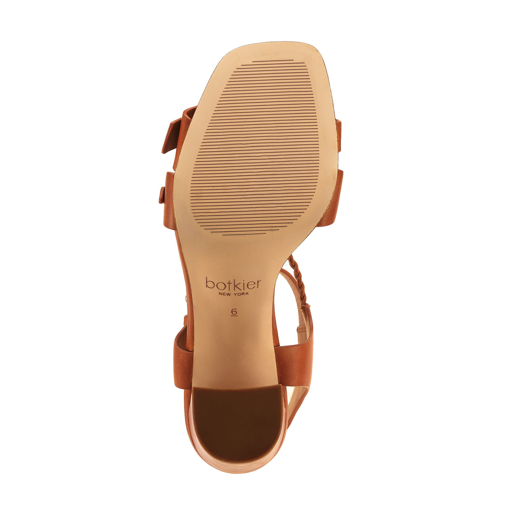 rory sandal whisky bottom