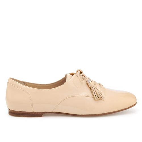 Caia Oxford