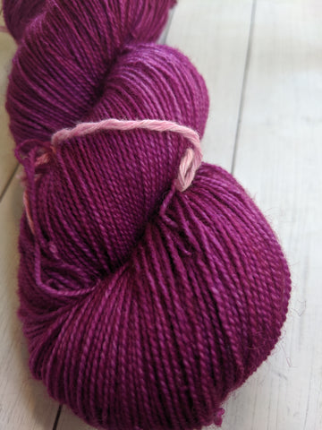 Radiant Orchid - (Discontinued) Delia 80/20