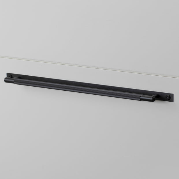 PULL BAR / LINEAR / PLATE / BLACK