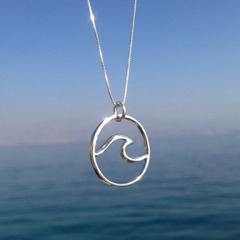 Beach Wave Necklace - Surf Sun Sea