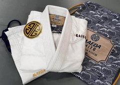 How Much Does a Jiu Jitsu Gi Weigh?