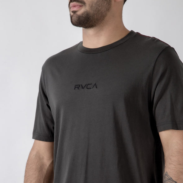 RVCA Small RVCA Embroidered T-Shirt - Fighters Market