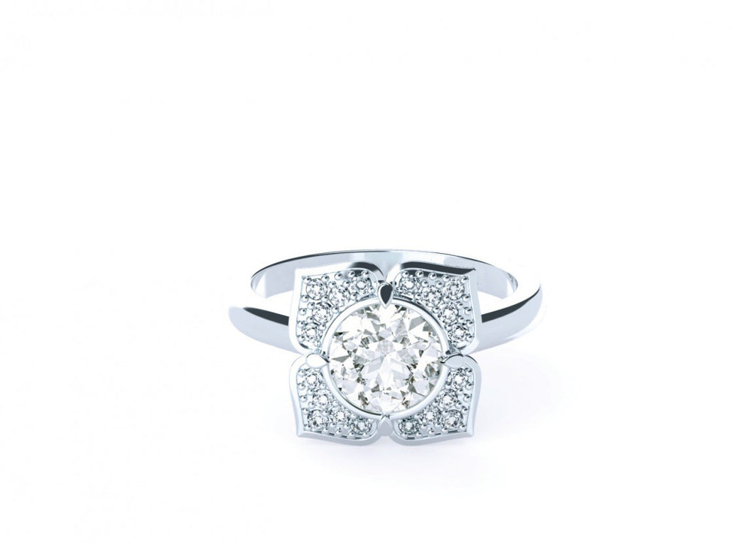 Willow Classic | Diamond Accented Halo