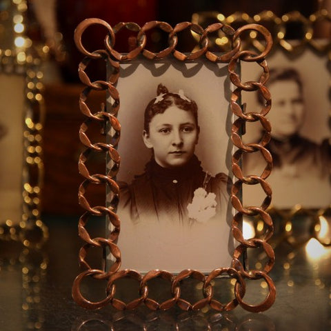 Victorian English Copper Ring Chain Photo Frame (LEO Design)