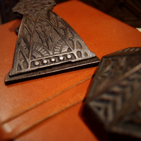 Aesthetic Movement Cast Iron Desk Accessories (LEO Design)