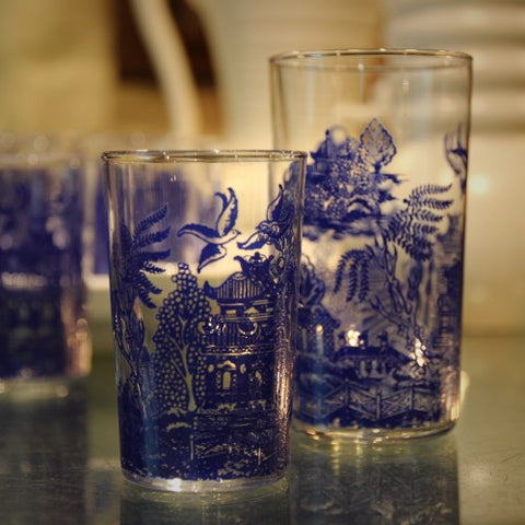 Elegant Chinoiserie Willow-Printed Tumblers (LEO Design)