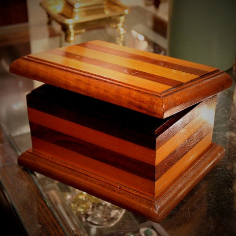 Folkart Striped Wooden Box with Original Curdled Finish (LEO Design)
