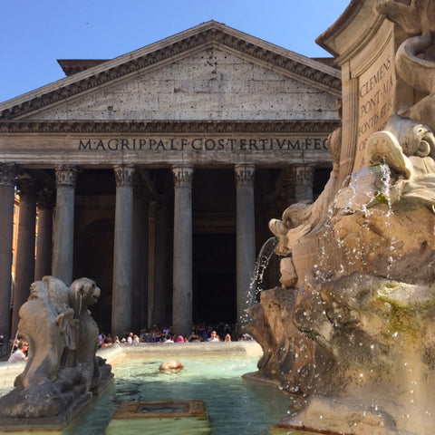 Rome's Pantheon as seen through Fontana del Pantheon, Rome (LEO Design)