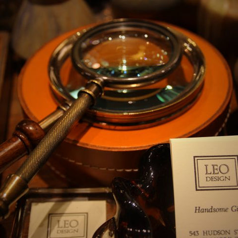 Magnifying Glasses and Other Desk Accessories at LEO Design