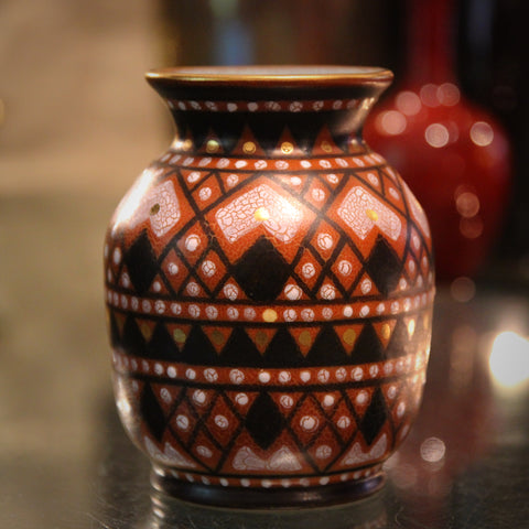 Gouda Dutch Vase with Graphic Folkart Decoration in Red, Black and Gold (LEO Design)