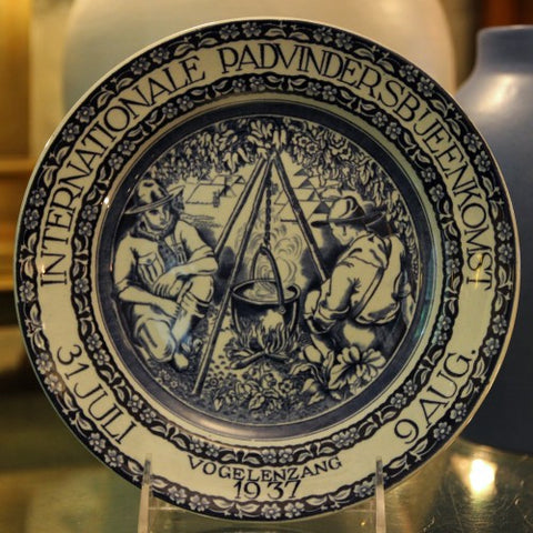 Commemorative Plate of Boy Scouts Jamboree 1937 in Netherlands (LEO Design)