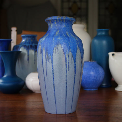 Pierrefonds French Art Nouveau High-Shouldered Vase with Blue Drip Glazing (LEO Design)