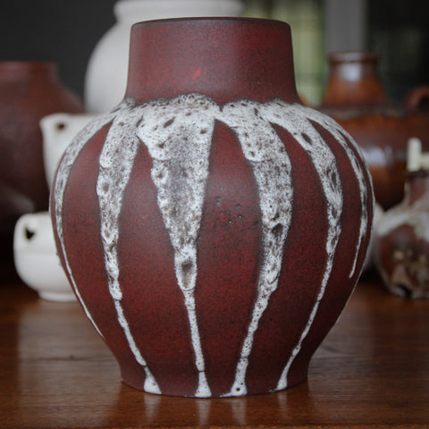 Steuler West German Brick Red Globular Vase with Flowing, Foamy White Overglaze (LEO Design)